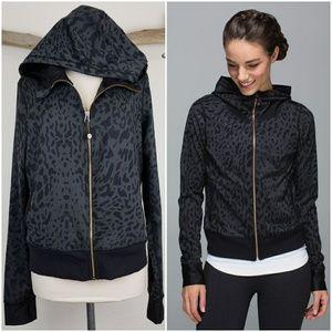 Lululemon namaskar hoodie animal swirl deep coal
